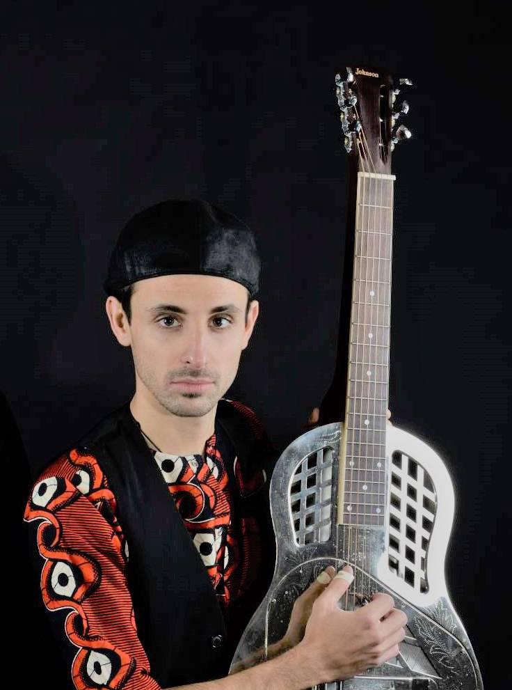 lorenzo piccone musicista musician cantautore songwriter polistrumentista multi instrumental